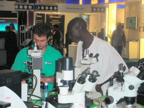 Omar learning about light microscopes in the RMS Learning Zone (3)