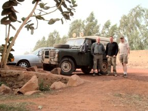 John, Ray, Tim & the Land Rover